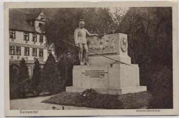 AK Salzwedel Ulanendenkmal 1927