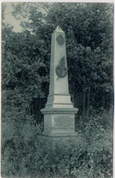 AK Bojiště u Hradec Králové Schlachtfeld bei Königgrätz 1866 Denkmal des Inf.-Reg. No. 26 Tschechien 1910