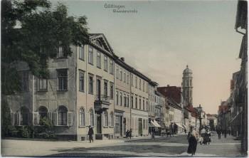 AK Göttingen Weenderstraße mit Menschen 1910