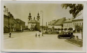 AK Foto Vamberk Marktplatz mit Auto Hradec Králové Tschechien 1940