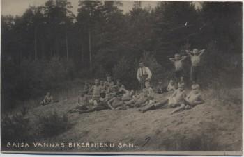 AK Foto Kinder badend bei Riga Lettland Latvija 1927
