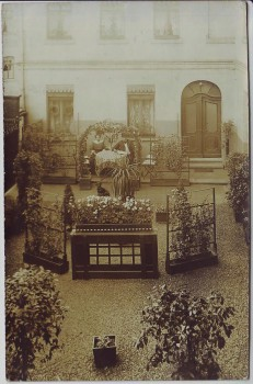 AK Foto Crimmitschau Haus Innenhof Mann Frau Hund 1912 RAR