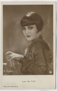 AK Foto Lya de Putti Schauspielerin UFA Verlag Ross Berlin 1925