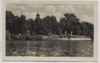 VERKAUFT !!!   AK Foto Berlin Köpenick Gaststätte Voigts Krampenburg mit Schiffen 1956