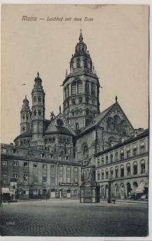 AK Mainz Leichhof mit dem Dom Brunnen 1910