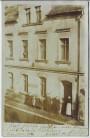 AK Foto Triebes Hausansicht mit Menschen Materialwaren Zeulenroda 1914 RAR