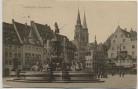 AK Nürnberg Hauptmarkt Brunnen mit Menschen 1910