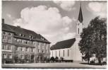 AK Simbach am Inn Pfarrkirche mit Bezirkskrankenhaus 1960