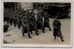 AK Foto Jena Soldaten beim Exerzieren mit Auto Alfred Bischoff 1940 RAR