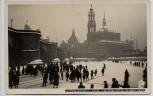 AK Foto Dresden Vereiste Elbe mit Hofkirche viele Menschen 1929