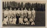 AK Foto Eintracht Braunschweig Gruppenfoto Frauenmannschaft Fussball 1941 RAR