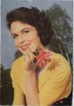 AK Foto Schauspielerin Barbara Rütting mit Blume 1960