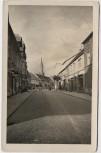 AK Foto Fürstenberg/Havel Thälmannstraße mit Geschäften 1955
