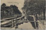 AK Charleroi L'Ecluse Kanal mit Menschen Wallonien Belgien 1910