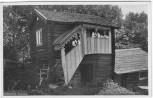 AK Foto Leksand Källarstuga Haus mit Frauen in Tracht Dalarna Schweden 1940