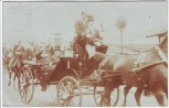 AK Foto Hamburg Bürgermeister Hachmann und König Eduard VII. von England in Pferdekutsche 1904 RAR