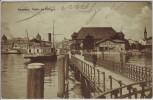 AK Konstanz am Bodensee Partie am Hafen Schiffe Menschen 1910