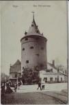 AK Riga Pulverturm mit Menschen Feldpost Lettland 1917