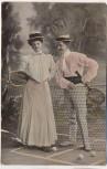 AK Frau und Mann mit Hut Tennis Tennisschläger in der Hand 1909