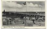 AK Foto Ostseebad Niendorf Strand mit Seebrücke Strandkörbe Menschen Fahne b. Timmendorfer Strand 1935