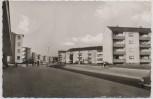 AK Foto Hagen Emst Am großen Feld Straßenansicht Häuser Menschen Autos 1964