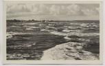 AK Foto Warnemünde Strand mit Wellen b. Rostock 1956