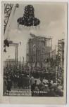 AK Foto Werk Böhlen Braunkohle-Benzin A.G. Richtfest am 26.10. viele Fahnen Menschen 1935 RAR
