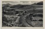 AK Nürburgring Einfahrt Menschen Rennwagen b. Adenau 1950