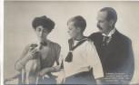 AK Adel König Haakon Königin Maud und Kronprinz Olaf von Norwegen mit Hund 1910 RAR