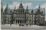 AK Wiesbaden Rathaus mit Menschen 1906