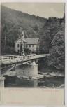 AK Treseburg im Harz Kirche und Bodebrücke mit Menschen b. Thale 1910