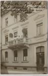 AK Foto Freiburg im Breisgau Technisches Büro Albert Klie Hausansicht Nr. 9 mit Menschen auf Balkon 1910 RAR