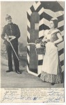 AK Soldatenleben Auf Posten Gedicht Soldat mit Gewehr Frau mit Korb 1904
